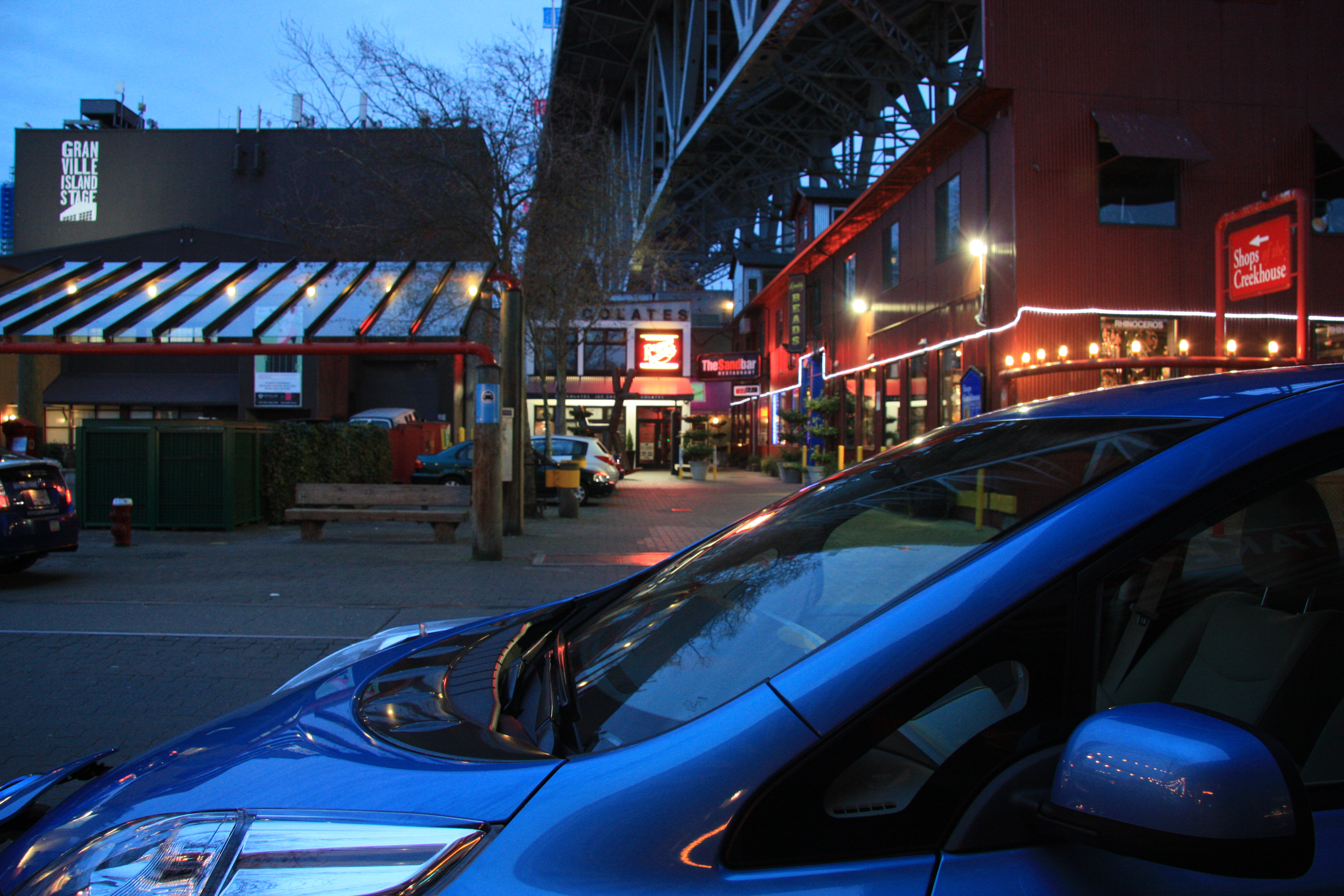 how to get to granville island by car